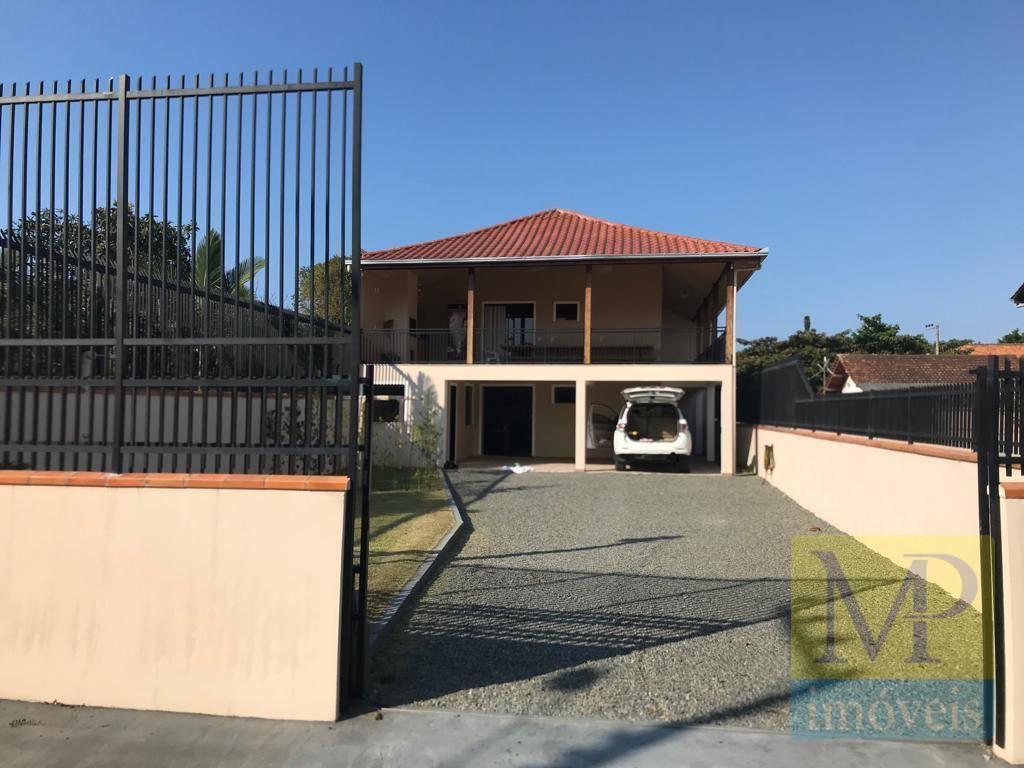 Casa com 3 dormitórios à venda, 110 m² por R$ 600.000,00 - Centro - Penha/SC