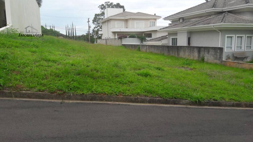 lindo terreno na melhor localização 14x30m. com leve declive lateral, vizinhos definidos.