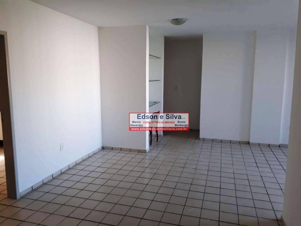 Apartamento com 3 dormitórios para alugar, 130 m² por R$ 1.700/mês - Miramar - João Pessoa/PB