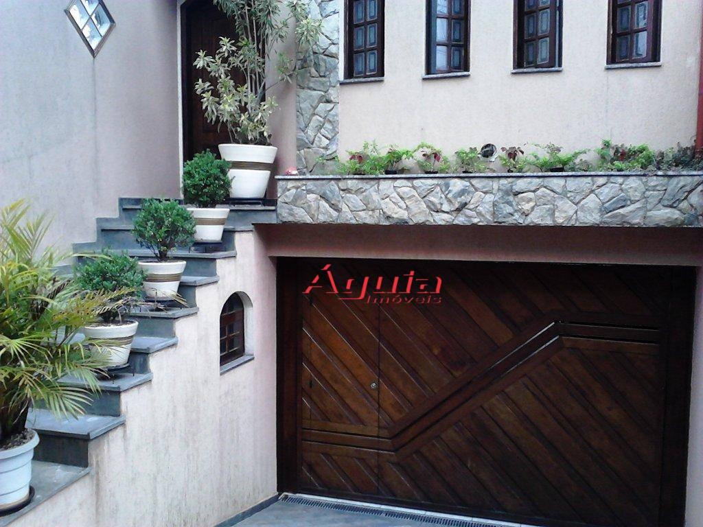 Sobrado com 3 dormitórios à venda, 200 m² por R$ 670.000 - Parque Erasmo Assunção - Santo André/SP