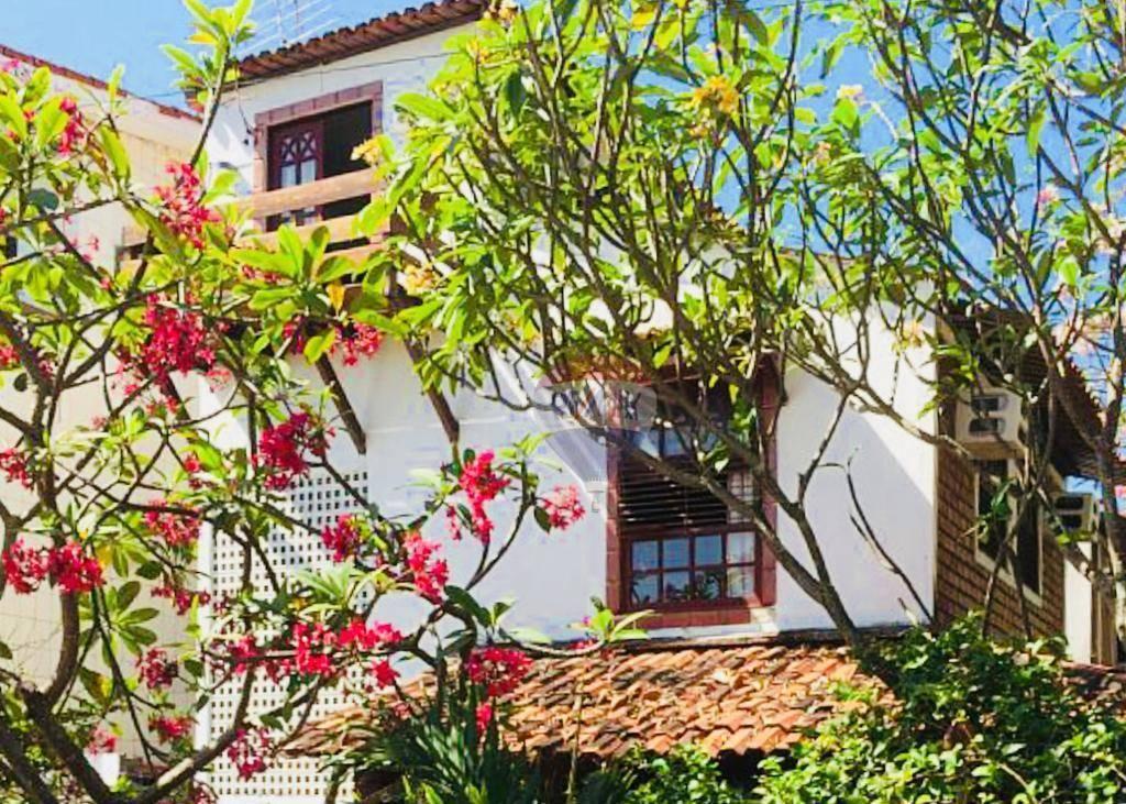 Casa com 4 dormitório para temporada(carnaval)   R$ 6.000,00/dia - Porto de Galinha - Ipojuca/PE