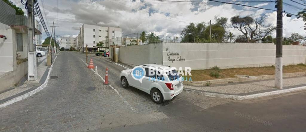 Apartamento com 2 dormitórios à venda, 69 m² por R$ 160.000 - Eucalipto - Feira de Santana/BA