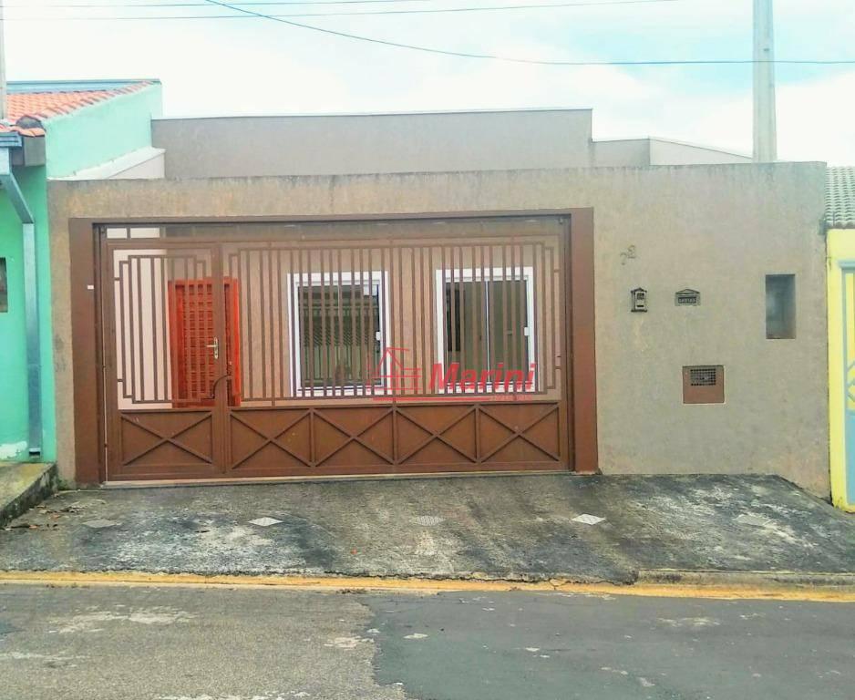 Casa com 3 dormitórios à venda, 90 m² por R$ 320.000,00 - Loteamento Terras de São Pedro e São Paulo - Salto/SP