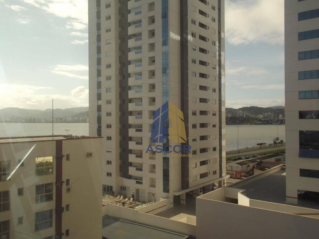 Sala comercial à venda, Balneário do Estreito, Florianópolis.