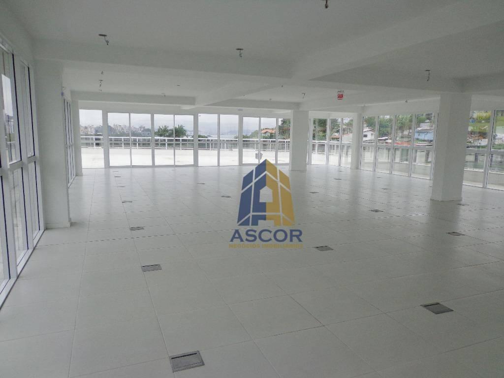 Prédio comercial para venda e/ou locação, na Sc 401, Florianópolis.