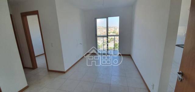 Apartamento com 2 dormitórios à venda, 55 m² por R$ 225.000,00 - Trindade - São Gonçalo/RJ