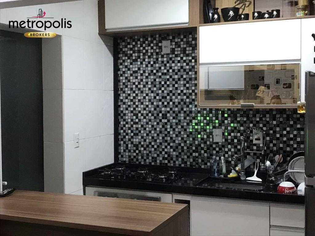 Apartamento com 2 dormitórios à venda, 52 m² por R$ 330.000