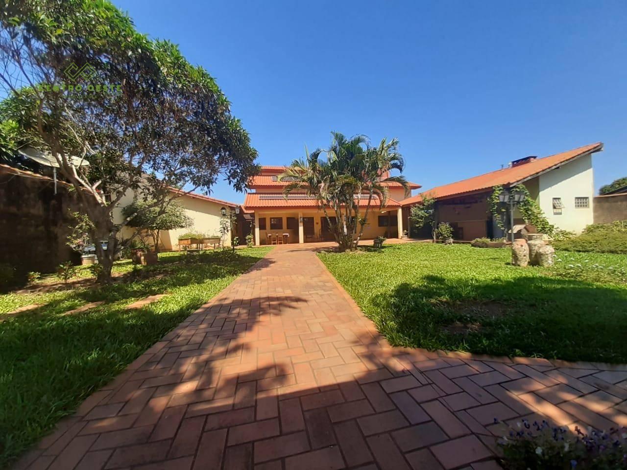 Casa com 5 dormitórios à venda, 330 m² por R$ 700.000 - Centro - Sonora/MS