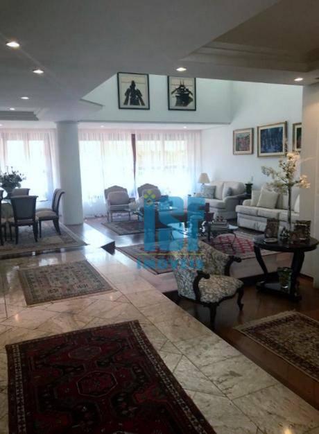 Sobrado com 4 dormitórios à venda, 570 m² por R$ 2.075.000 - Residencial Onze (Alphaville) - Santana de Parnaíba/SP - SO5623.