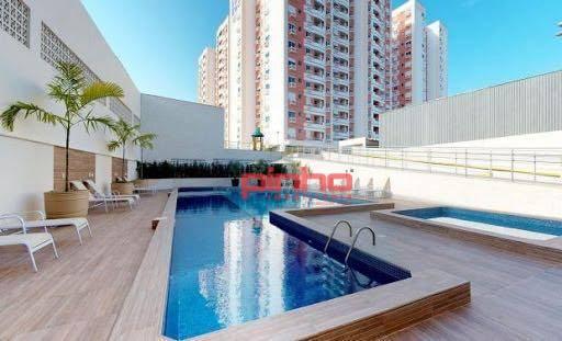 Apartamento com 2 dormitórios à venda, 67 m² - Barreiros - São José/SC