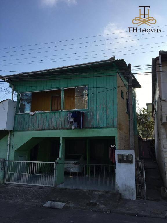 TERRENO COM 185m² A VENDA NA PRAIA BRAVA, BALNEÁRIO CAMBORIÚ/SC. R$370.000,00