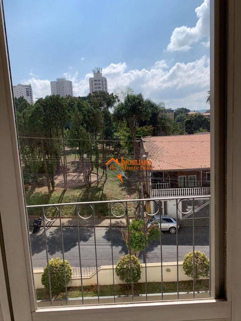 Apartamento com 3 dormitórios à venda, 64 m² por R$ 312.000,00 - Gopoúva - Guarulhos/SP