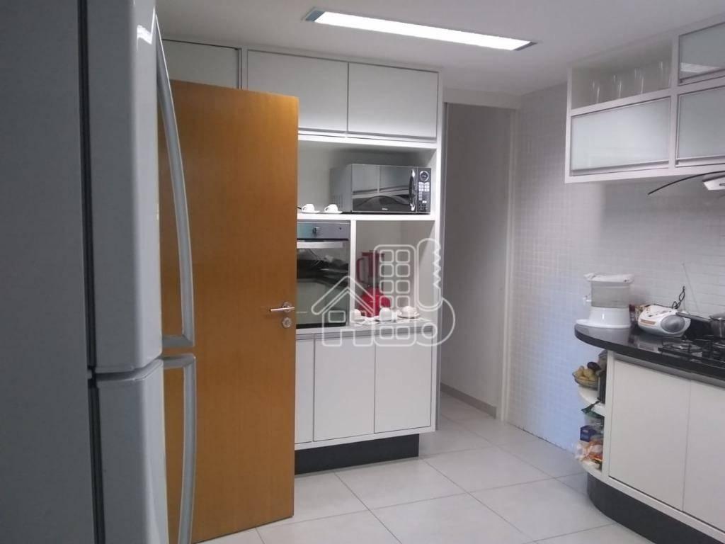Casa com 3 dormitórios à venda, 420 m² por R$ 600.000,00 - Arsenal - São Gonçalo/RJ