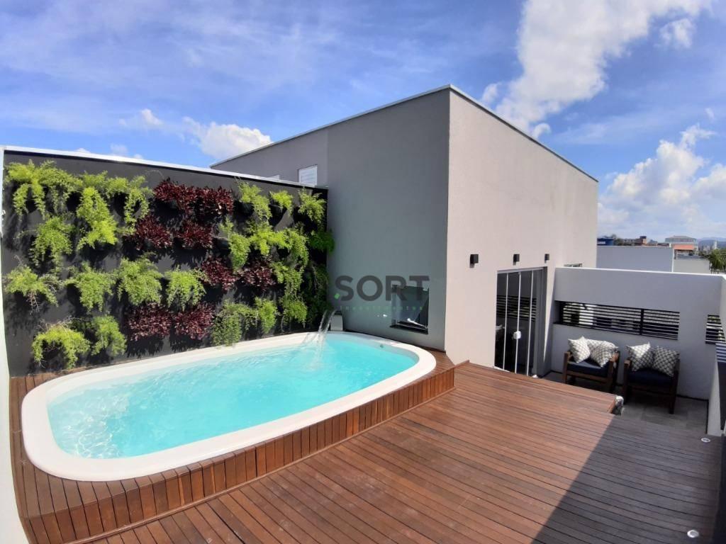 Sobrado 225 m², 3 suítes sendo 1 master, 2 vagas de garagem , Balneário Camboriú - Galeria